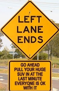 left-lane-ends